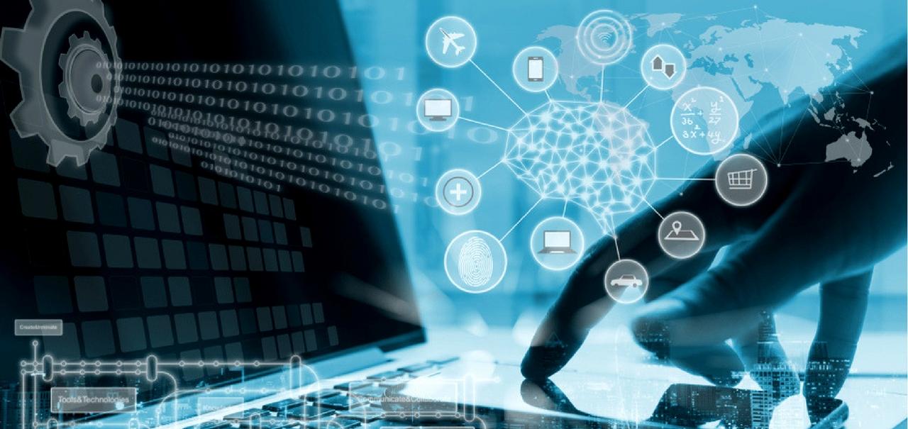E-Business. Hand in Nutzung mit Smartphone und Computer.